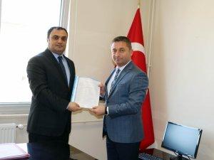Çerkezköy TSO Başkanı Süleyman Kozuva mazbatasını aldı