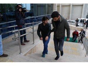 FETÖ operasyonunda gözaltına alınan 3 kişi 'den 2'si adliyeye sevk edildi