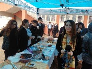 Öğrencilerden Mehmetçik için özel kermes