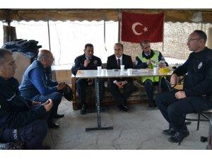 Bulut'tan görev başındaki polislere ziyaret