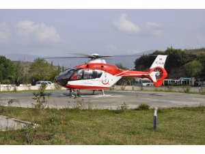 Hava ambulansı Milas'ta prematüre bebek için uçtu