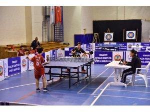 Osmaniye'nin masa tenisi şampiyonları belli oldu