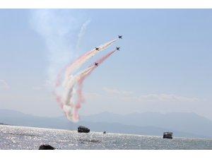 Türk Yıldızları Beyşehir Gölü semalarında gösteri uçuşu yapacak