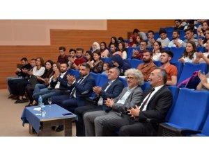 Öğrenciler lojistik sektörünü alanında uzman kişilerden dinledi