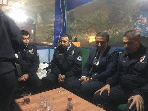 Yılan'dan görev başındaki polislere ziyaret