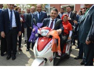 """Sağlık Bakanı Yardımcısı Öğütken'den """"su çiçeği salgını"""" açıklaması"""