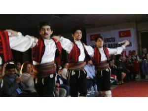 Erciş'te Balkan Türküleri Konseri ve Halk Oyunları Gösterisi