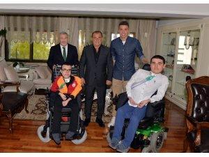 Galatasaray'dan anlamlı ziyaret