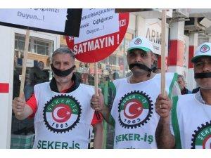 Şeker işçileri ağızlarını bantla kapatarak eylem yaptı