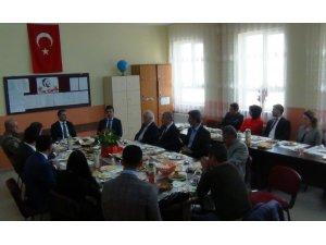 Kaymakam Yaşar'dan okul ziyareti