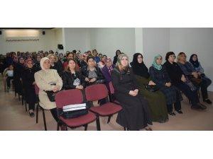 """""""Birlikte Yaşama Kültürü"""" programına kadınlardan büyük ilgi"""