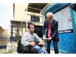 Engelli araçları için şarj istasyonu