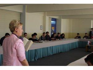 PISA'ya katılacak öğrencilere hızlı okuma kursu