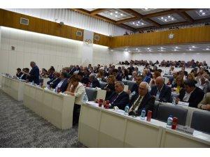 İzmir Büyükşehir Meclisinde gündem faaliyet raporları