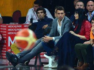Galatasaray Futbol ve Basketbol Takımı'ndan kadın basketbola destek