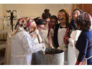 Artuklu Belediyesi sabun üretimi kursları başladı