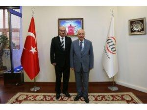 Başkan Yaşar'dan ATO'ya geçmiş olsun ziyareti