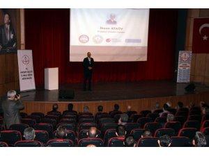 """İl Milli Eğitim Müdürü Osman Elmalı: """"Okul yöneticisi olarak çözüm odaklı olmak ve krizlerden fırsatlar üretmek önemlidir"""""""
