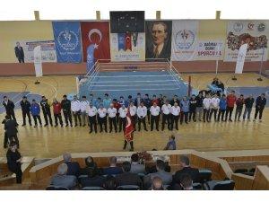 Karaman'da Üniversitelerarası Boks Şampiyonası başladı
