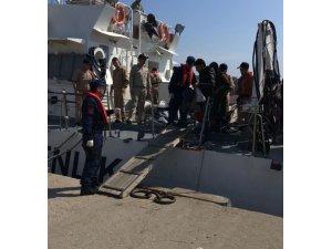 Kuşadası Körfezi'nde 72 kaçak göçmen yakalandı