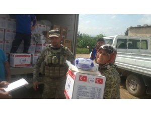 TSK'dan Afrin halkına gıda ve temizlik malzemesi yardımı