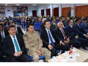 Özalp ilçesinde 'Çanakkale' konulu konferans