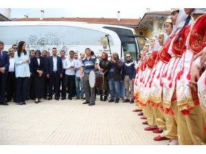 AK Parti Çevre, Şehir ve Kültürden Sorumlu Genel Başkan Yardımcısı Karaaslan: ''Adana için de yeni bir şeyler söylemek lazım''