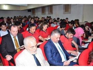Gazeteciler Vali Yazıcı ile okuma etkinliğine katıldı