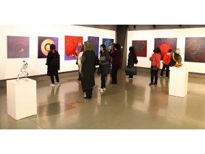 Kültür Sanat Etkinlikleri 'Aşka Teslim' sergisi ile devam etti