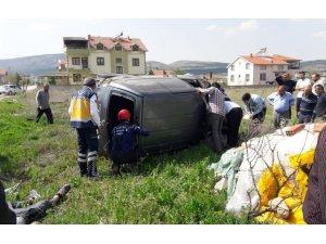 Denizli'de araç takla attı: 3'ü lise öğrencisi 4 yaralı