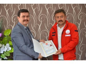 Afrin'e destek için giden UMKE ekibine başarı belgesi