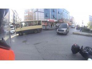 Ters dönüş yapan araç motosiklete çarptı