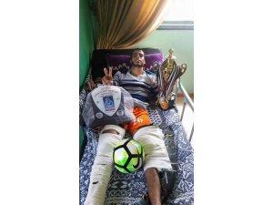 Gazze'de İsrail güçleri, Filistinli bir futbolcunun hayalini yok etti