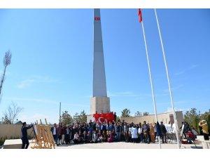 Zeve Şehitliği'nde açık hava konferansı ve fotoğraf sergisi