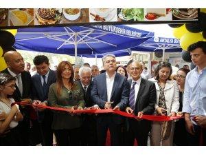 Antalya'nın ilk ekolojik kafesi hizmete açıldı