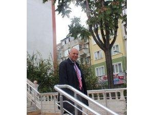 Cumhurbaşkanı Erdoğan'a hakaret ettiği iddiasıyla yargılanan CHP'li belediye başkanı hakim karşısında