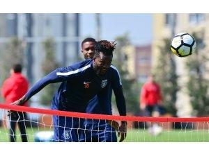 Medipol Başakşehir, Galatasaray maçı hazırlıklarını sürdürüyor