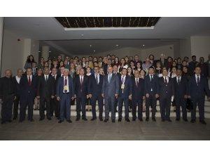 Azerbaycan'ın Ulusal Lideri Haydar Aliyev Atatürk Üniversitesinde Anıldı