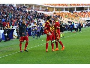 Evkur Yeni Malatyasporlu 7 taraftara 1 yıl men cezası verildi