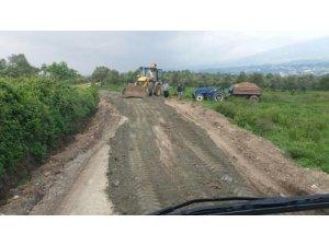 Samandağ Belediyesi Fen İşleri ekipleri hız kesmeden çalışıyor