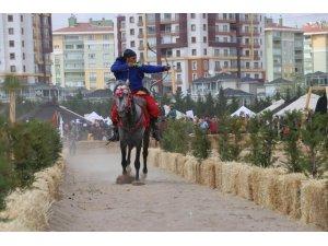 Konya'da Fetih Kupası Geleneksel Türk Okçuluğu Bölge Elemeleri başladı