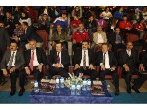 Ağrı'da Gençler Kulüpler Türkiye Halter Şampiyonası başladı