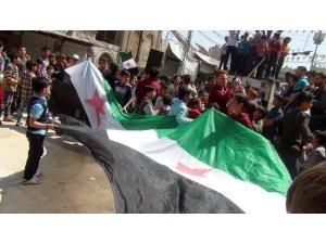 İdlib'te Esad karşıtı gösteri