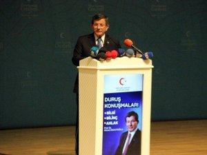 """Eski Başbakan Davutoğlu: """"Bunların hepsi aynı kirli zihniyetin yansımalarıdır"""""""