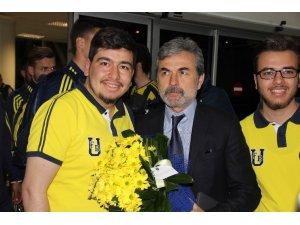 Fenerbahçe'ye Sivas'ta coşkulu karşılama