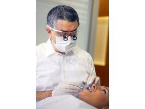 Diş beyazlatma ile sararan dişlere son