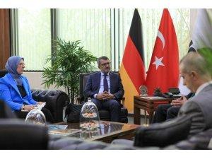 İnsan Haklarını İnceleme Komisyonu, Almanya temaslarını sürdürüyor