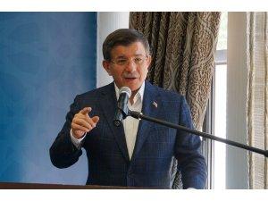 """Eski Başbakan Davutoğlu: """"Kimse kimyasal silah kullanımını mazur gösteremez"""""""