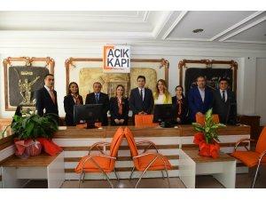 Açık kapı milletin kapısı projesi Kırşehir Valiliğinde hayata geçti