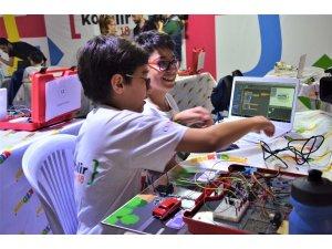 Çocuklar ESPARK'ta geleceğe hazırlanıyor